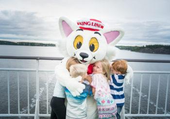 Viking Line – Punaisilla laivoilla ilo seilaa!
